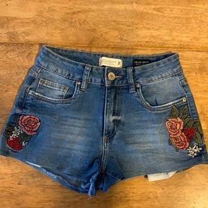 NWOT Rose Embroidered Denim Shorts
